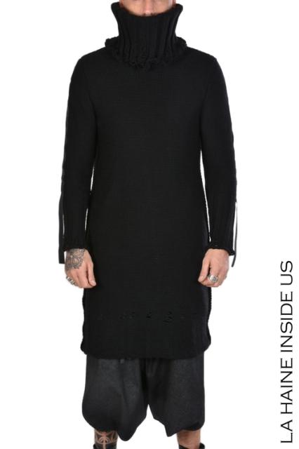 Jersey Negro Maxi Cuello Alto | La Haine Inside Us