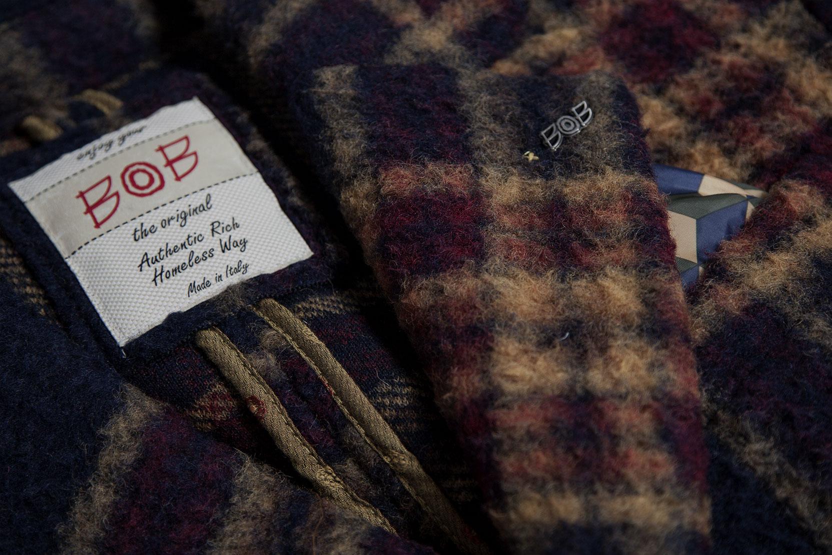 46f950218e16 BOB es una marca de ropa deportiva lanzada por tres jóvenes italianos  creativos, Alessio Bonaiuti, Tommaso Bellini y Enrico Giarrè, que son todos  ...